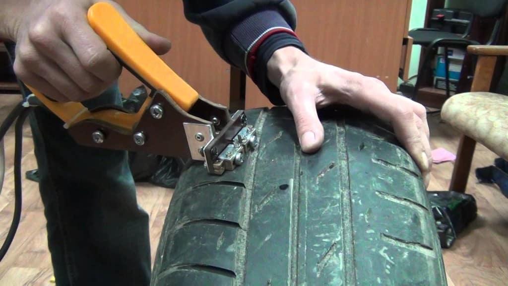 Нарезка протектора шин своими руками | Нарезка протектора шин: инструкция с фото и видео, плюсы и минусы нарезки шин