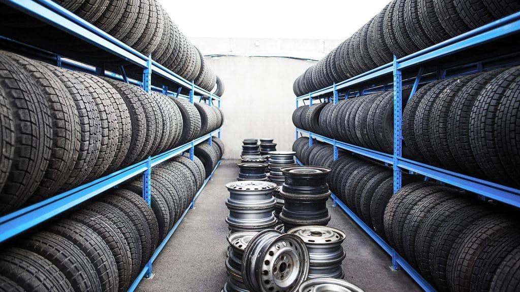 штампованные диски и шины