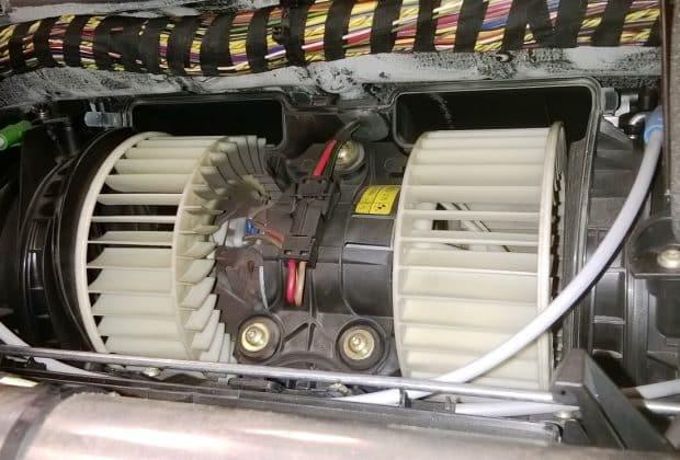 Чем и как смазать моторчик печки
