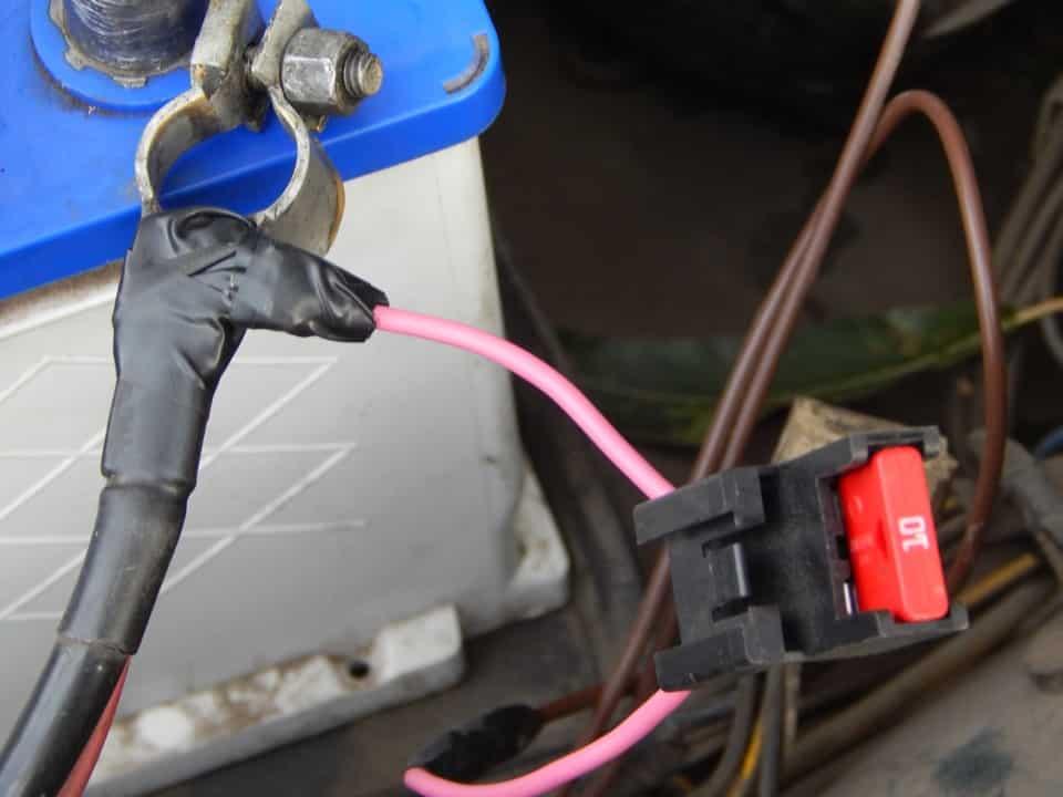 Подключение видеорегистраторак аккумулятору | Как подключить видеорегистратор без прикуривателя