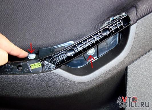 Как снять обшивку с передней двери Форд Фокус 3