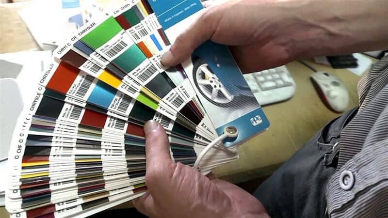 Что стоит учесть перед подбором краски | Как узнать цвет краски автомобиля по VIN