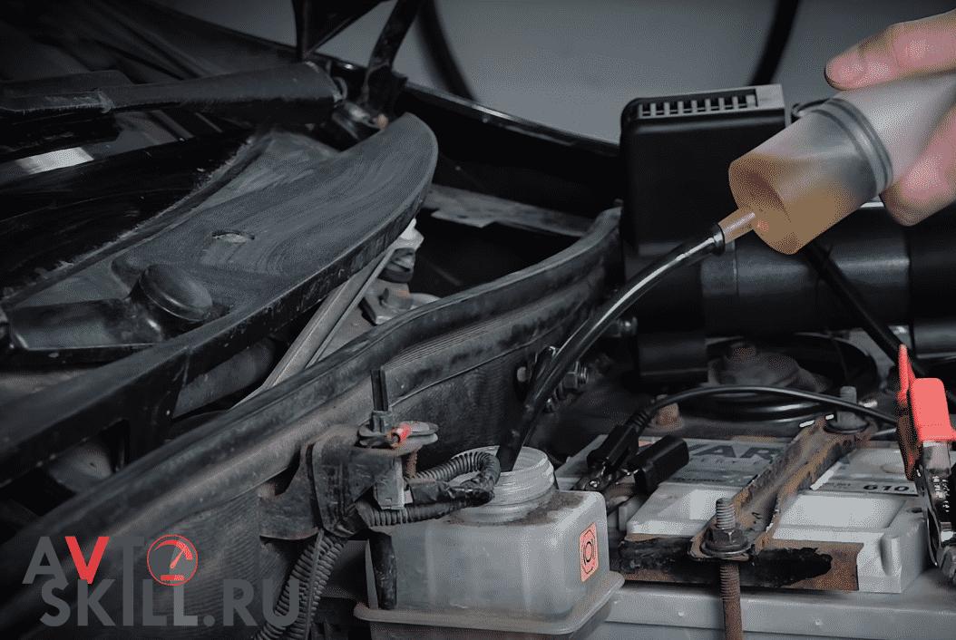 Как заменить тормозную жидкость | Как часто менять тормозную жидкость