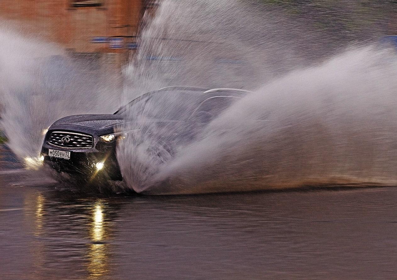 Что делать в дождливую погоду | После мойки двигатель не заводится. Что делать?