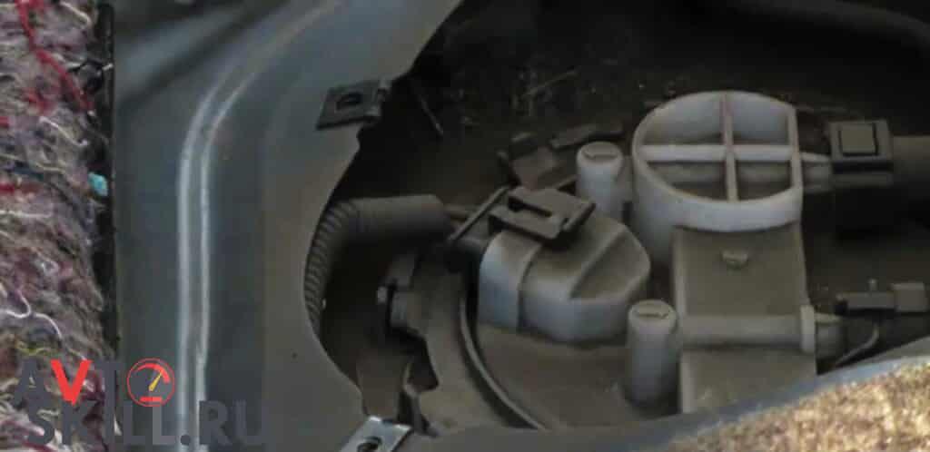 Как заменить топливный фильтр - пошаговая инструкция | Как часто надо менять топливный фильтр