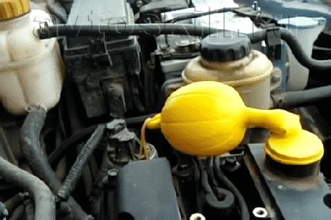 Проверка при помощи воздушного шарика | Как проверить вентиляцию картерных газов