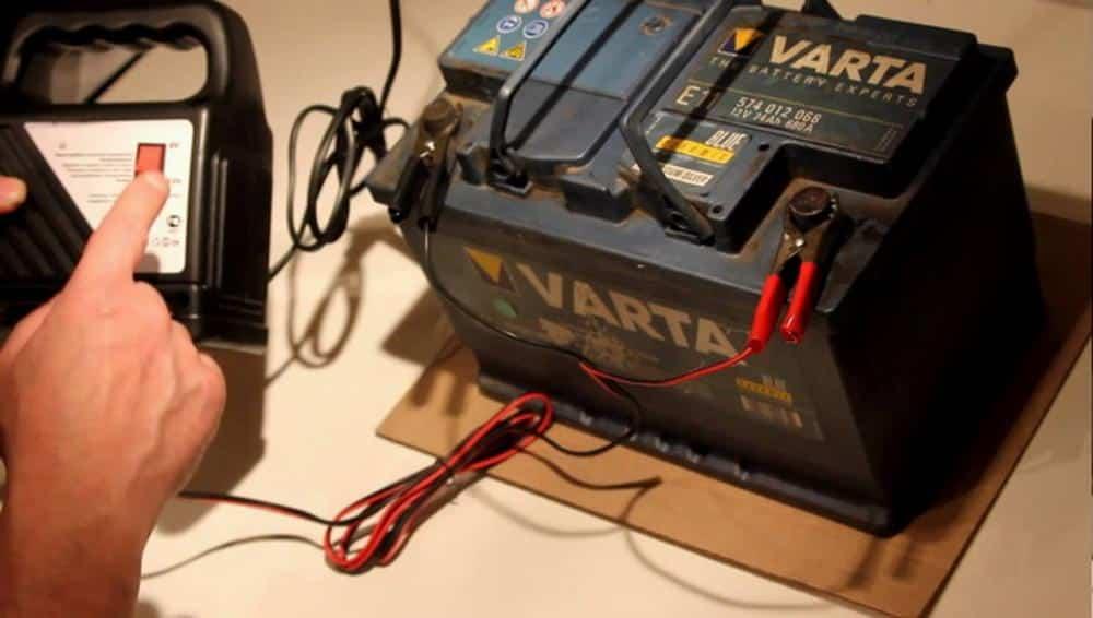 Как и где хранить аккумулятор зимой | Как хранить аккумулятор зимой: где лучше хранить, при какой температуре