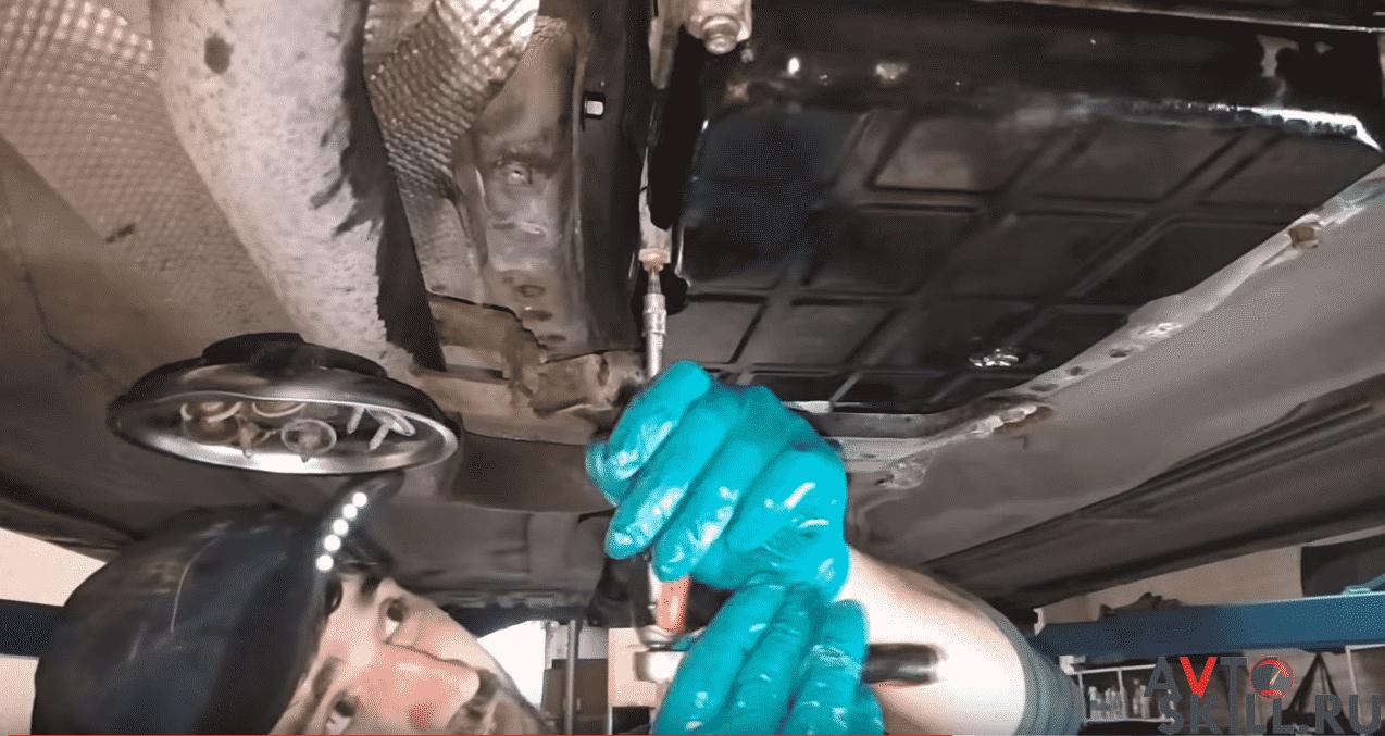 Частичная замена масла в АКПП — пошаговая инструкция с фото и видео | Замена масла в АКПП своими руками: частичная, полная, аппаратная