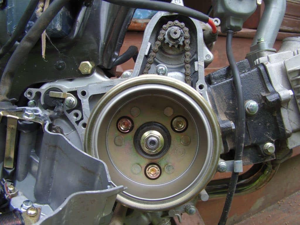 Как отрегулировать клапана на мопеде Альфа — инструкция