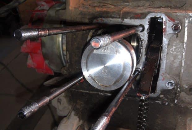 Как поставить поршень на скутер: снятие и установка поршня и колец
