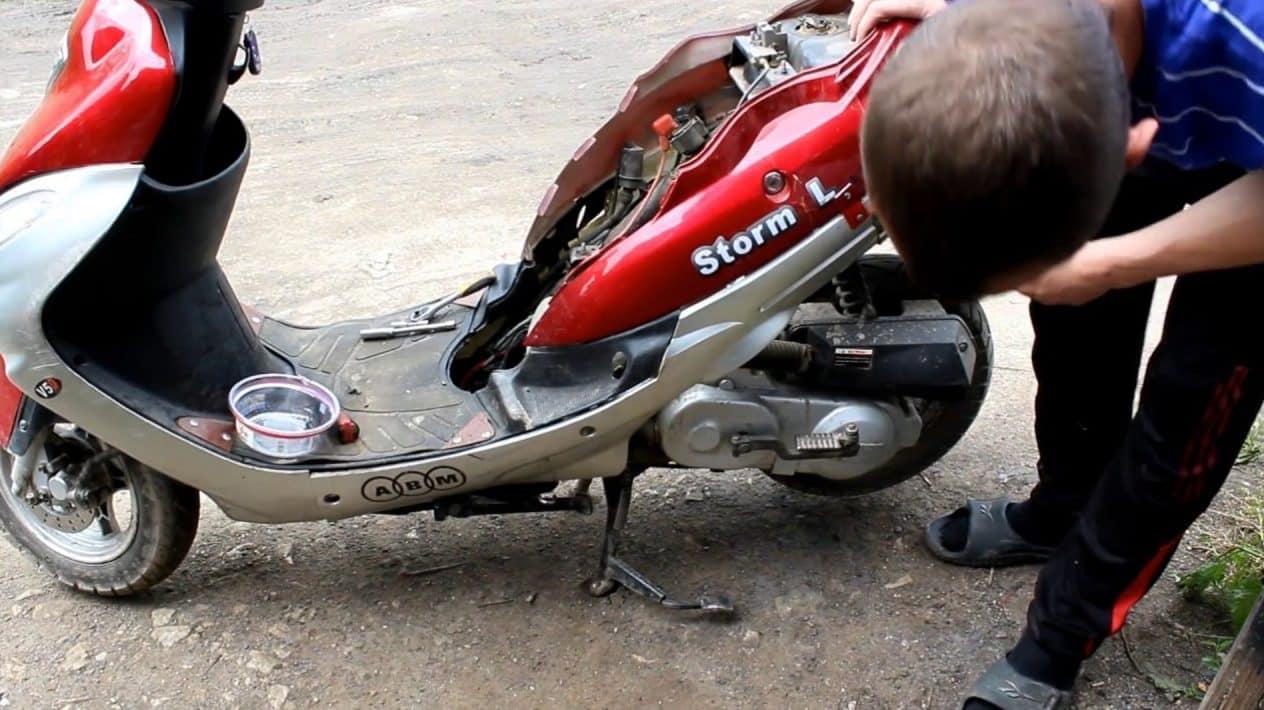 Подготовка к процедуре | Как поставить поршень на скутер: снятие и установка поршня и колец