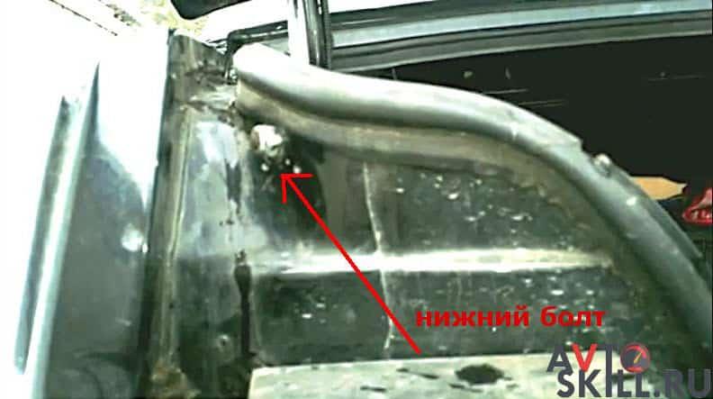 Как заменить амортизатор багажника на отечественном автомобиле