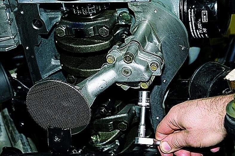 Возможные проблемы при снятии поддона двигателя | Как снять поддон картера (масляный поддон двигателя) без снятия двигателя